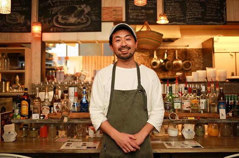 オーナーの宇井佑三郎さん